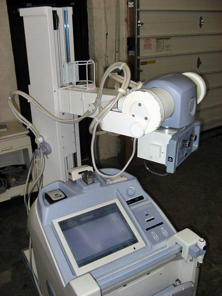 GE Definium AMX-700 Mobile Digital Radiography